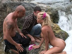 Blonde babe fingered and gives a double blowjob
